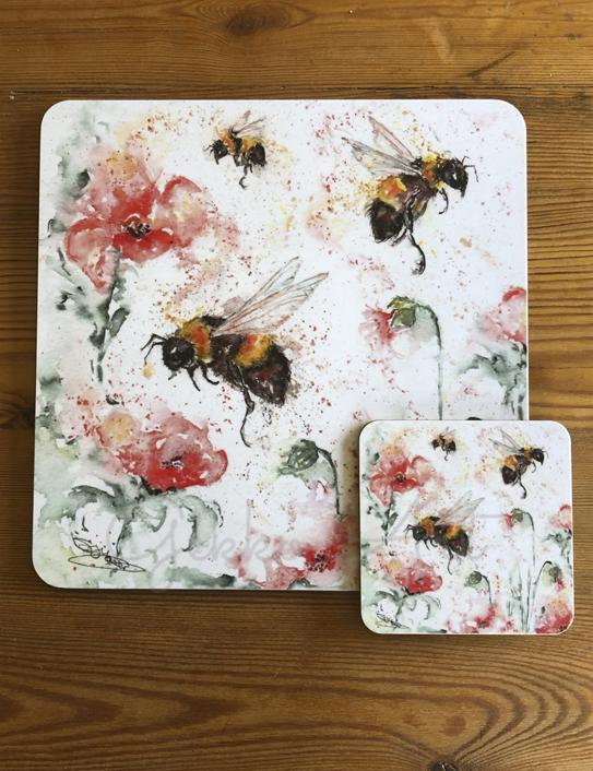 bee and poppy design