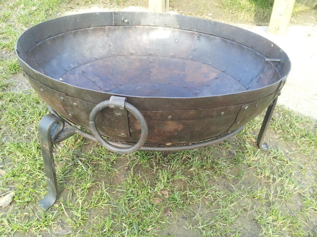 60cm Fire Bowl Set with Stand
