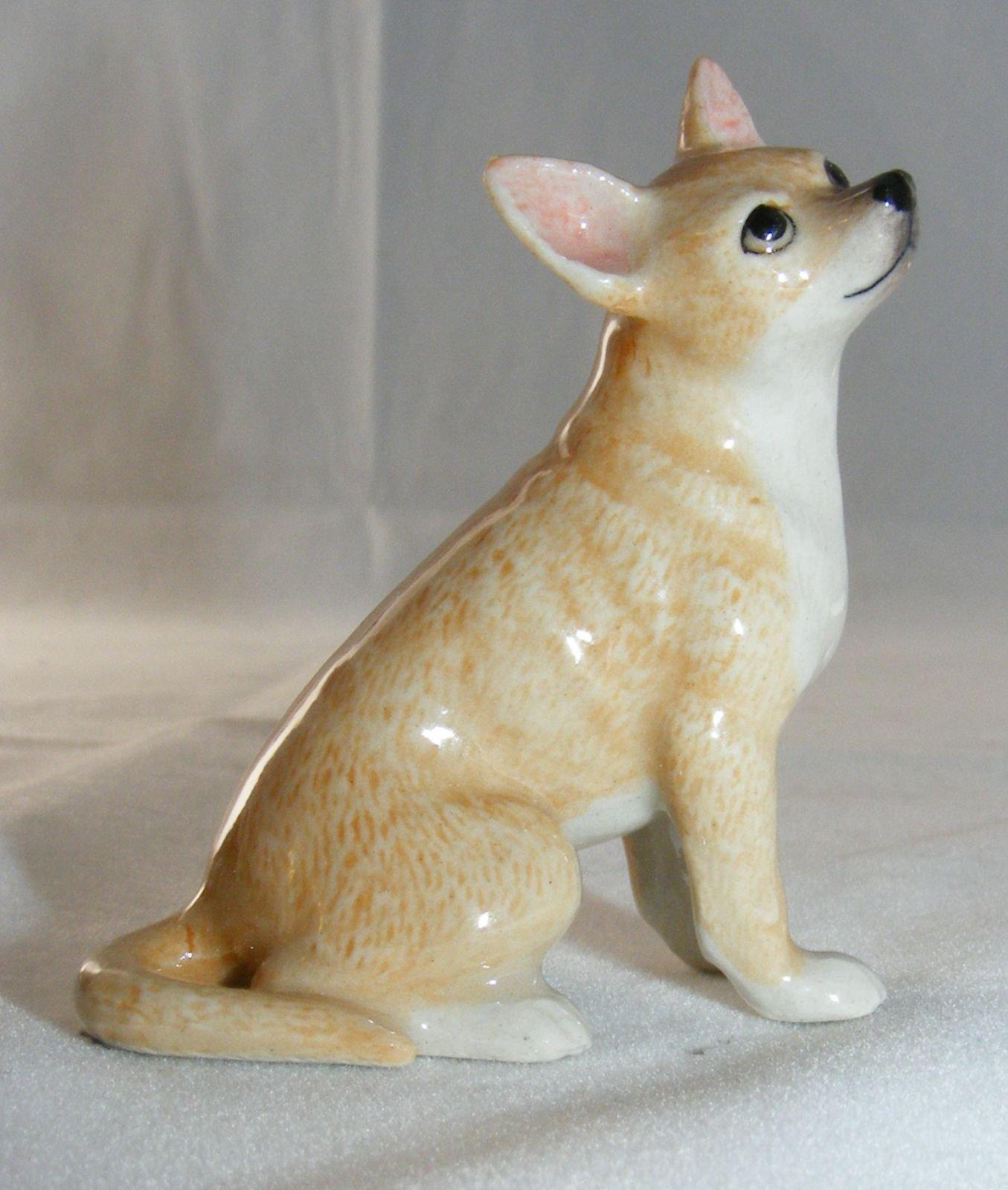 Klima Miniature Porcelain Animal Figure Young Yellow Labrador Lying 2 K985
