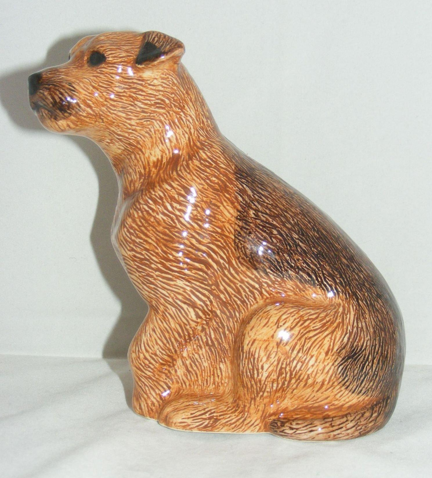 Quail Ceramics Border Terrier Money Box 801