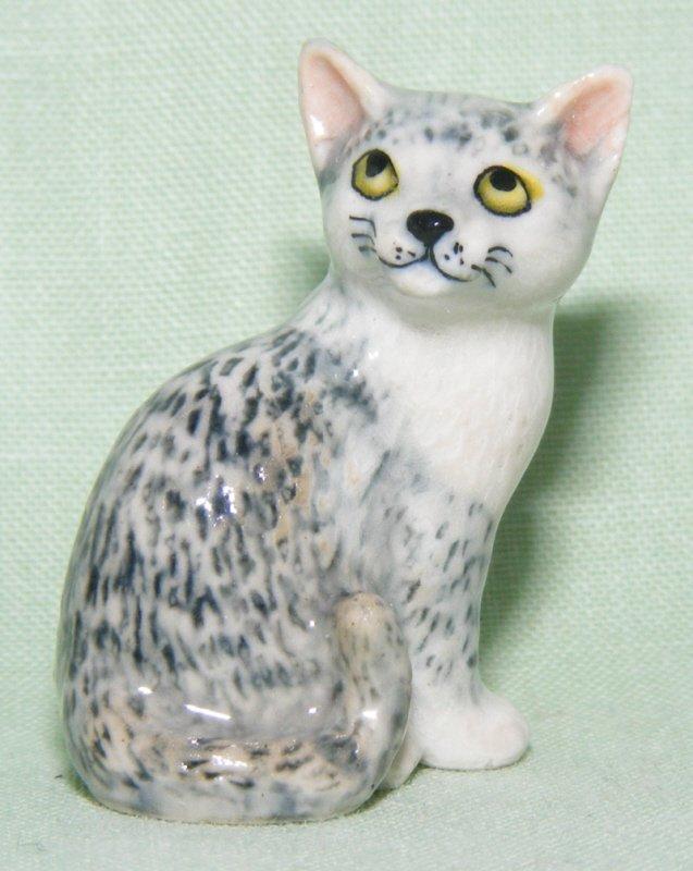 Klima Miniature Porcelain Animal Figure Burmese Cat White K363