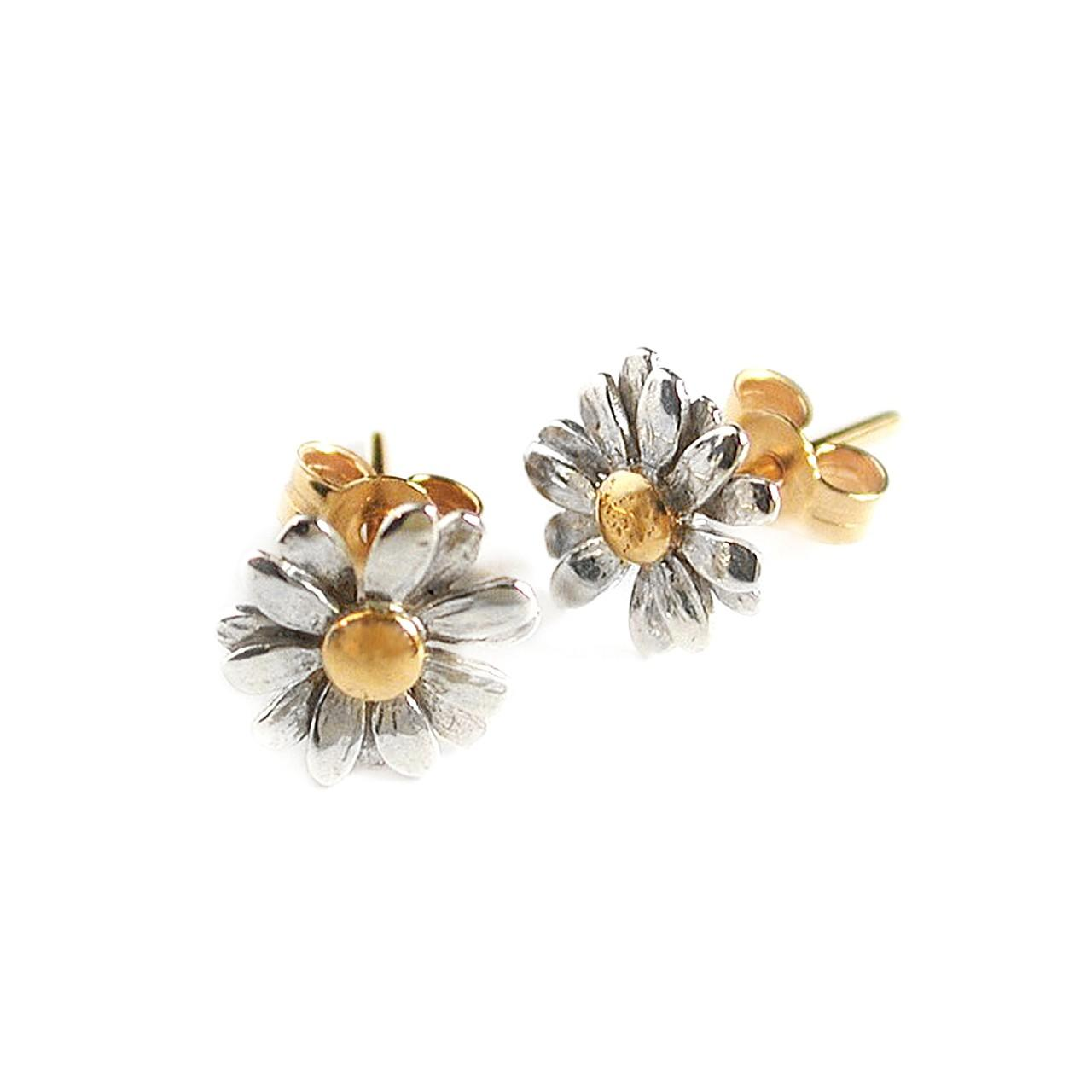 Solid silver and gold plated daisy stud earrings £114 (available in store only)