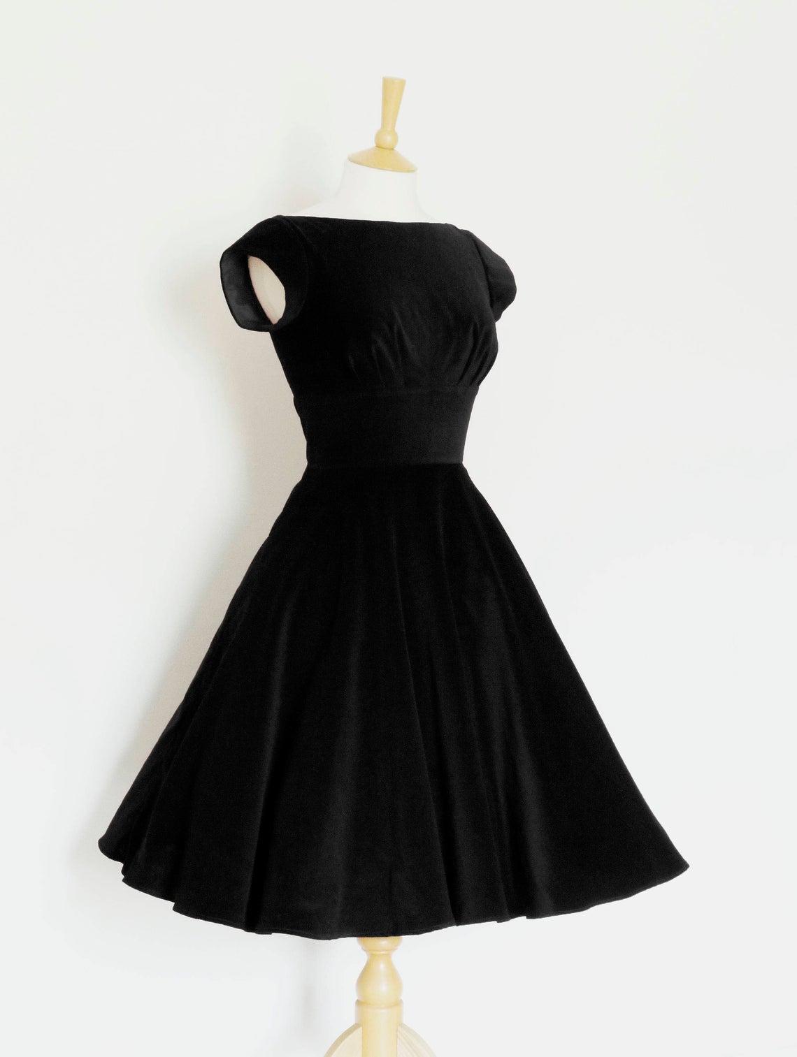 Size Uk 8 Black Velvet Tiffany Evening Dress