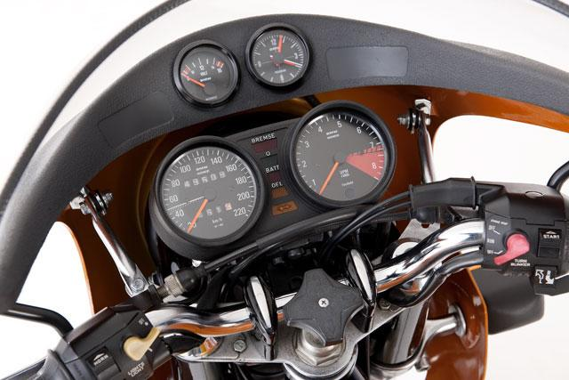 FlatRacer BMW R90S & R100 S & CS dash board panel stickers (pair)