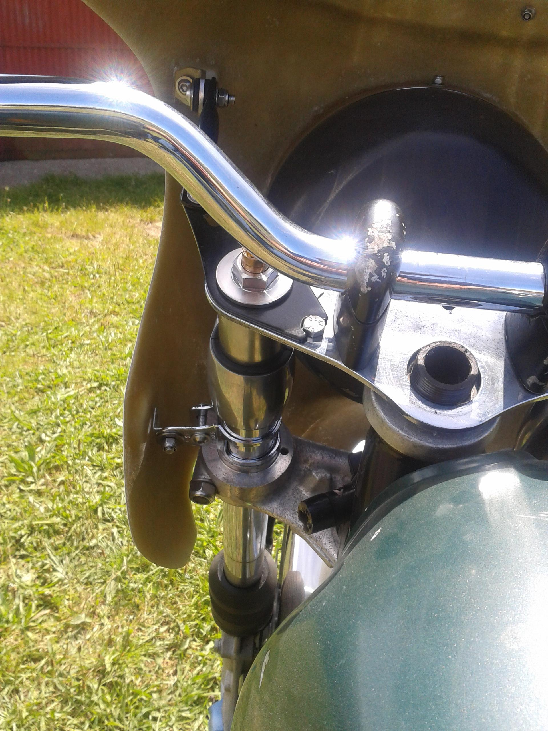 BMW R90S cockpit fairing alternative lower fitting kit