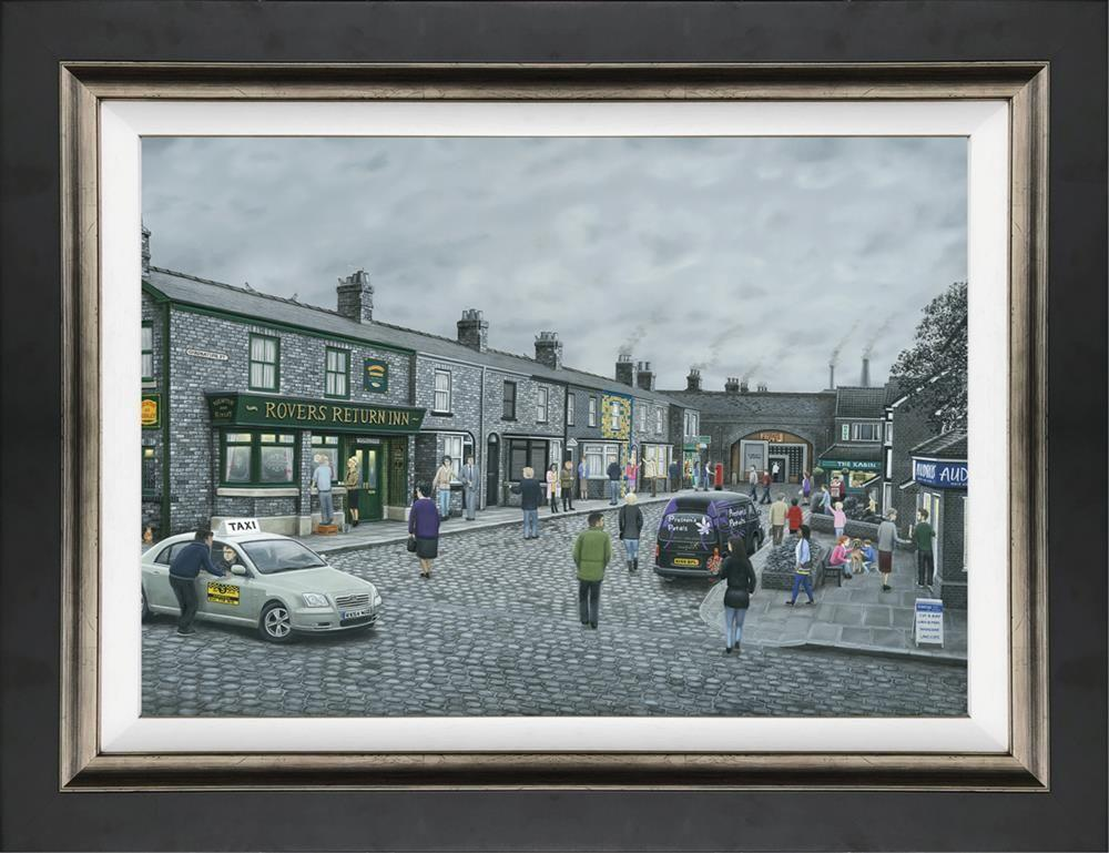 On the Cobbles by Leigh Lambert - canvas art print LLE169C
