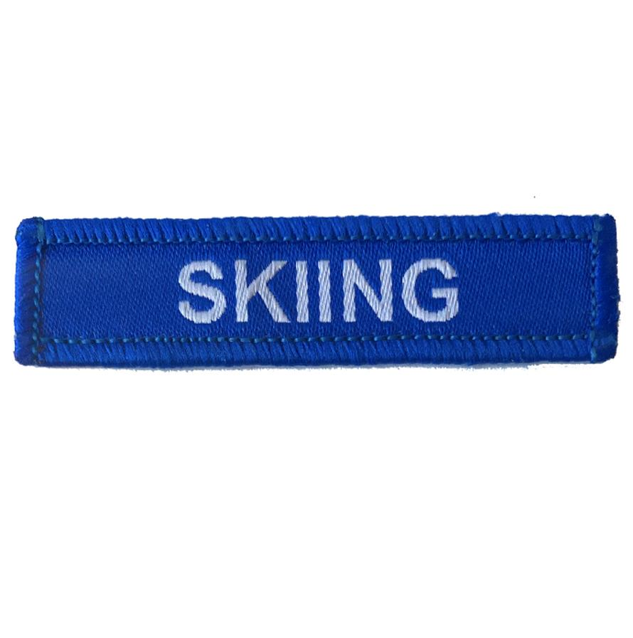 Skiing woven patches blue