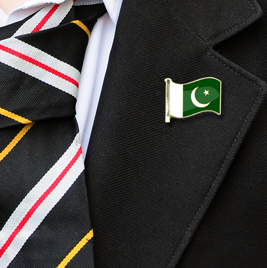Pakistan Flag Badge on Lapelle