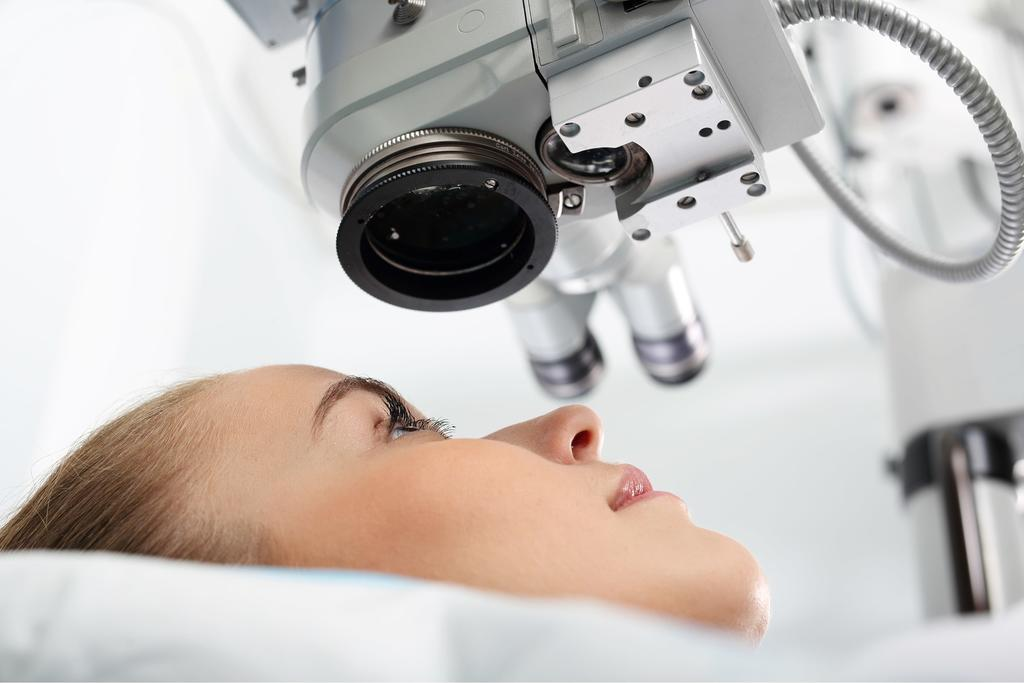 The Pros and Cons of Laser Eye Surgery