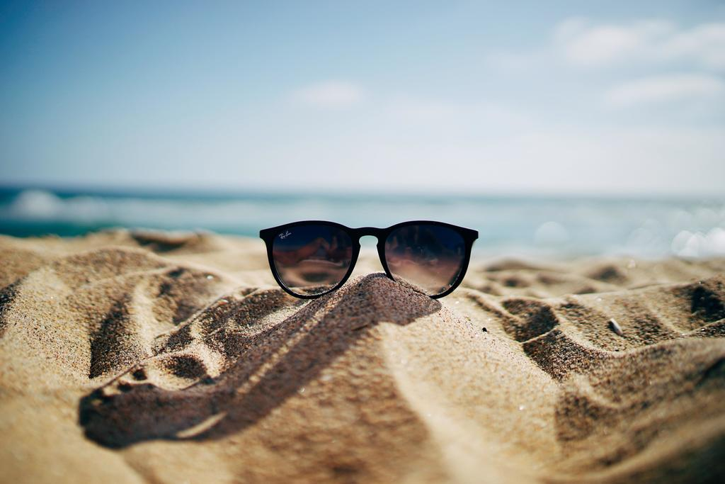 Protect Your Eyes from the Sun in the Heat Wave