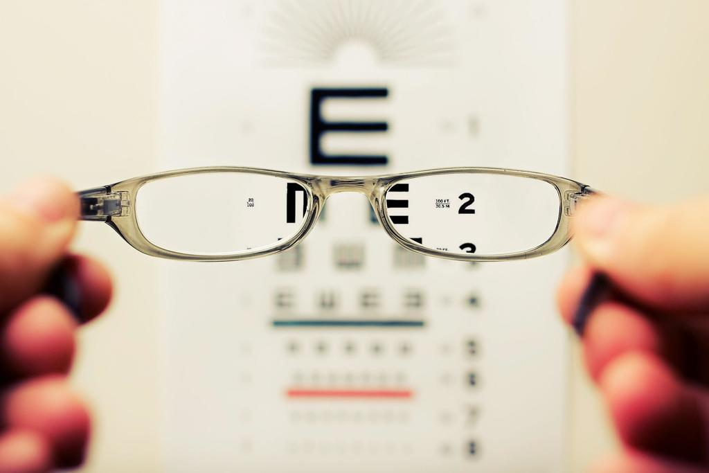 Eye Test – How Important Are They? Read This Even If You Do Not Wear Glasses!