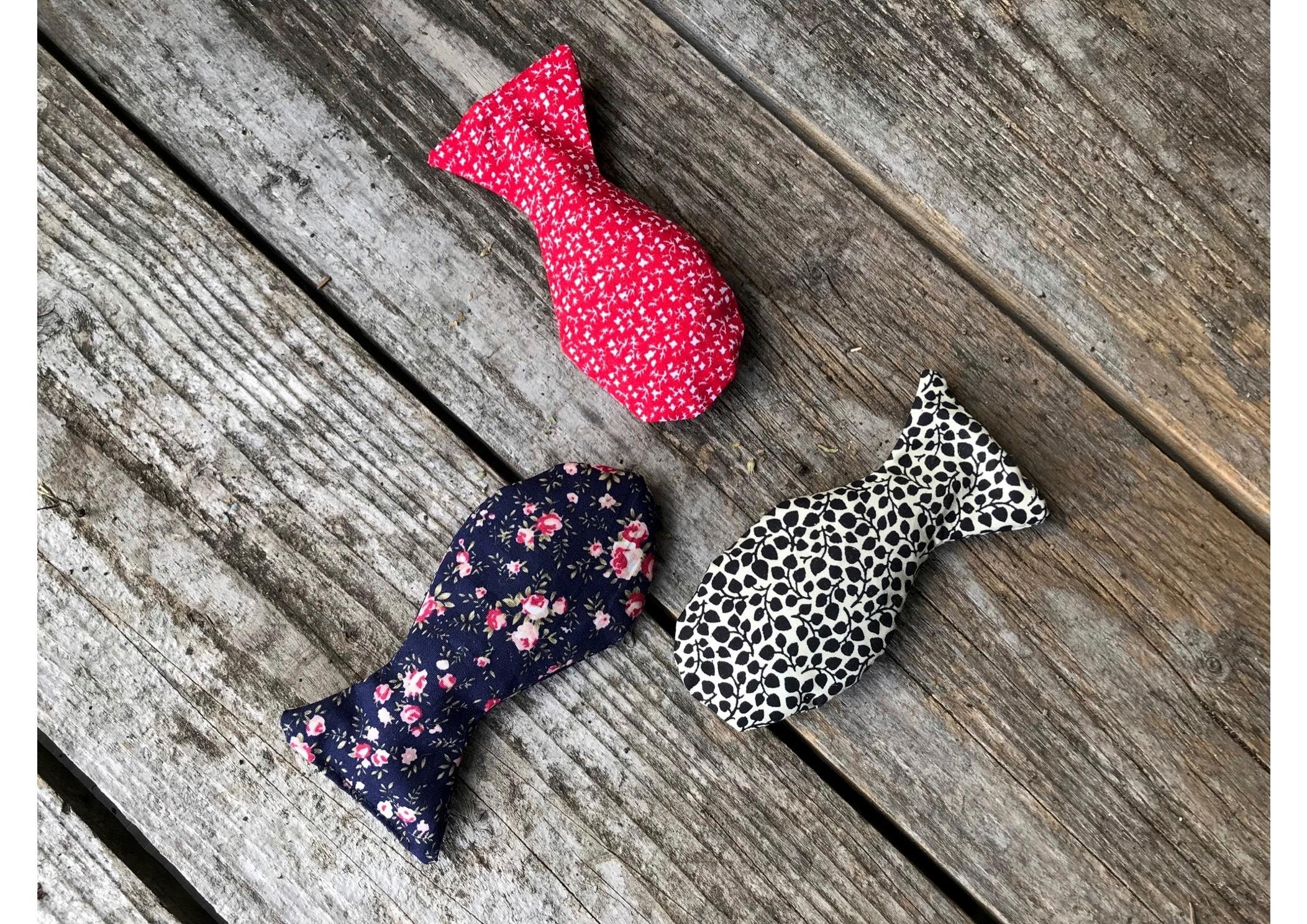 three catnip fish toys