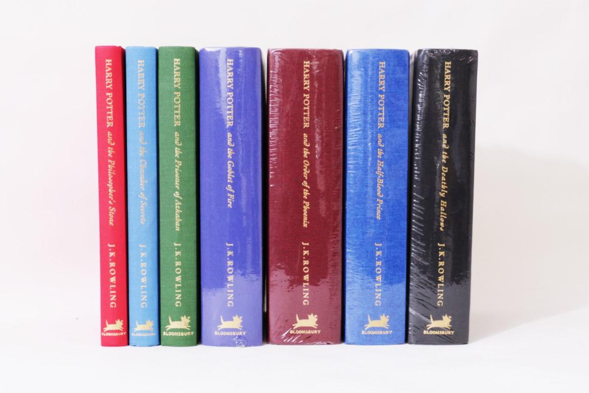 J.K. Rowling - The Harry Potter Books [comprising] the Philosopher's Stone, Chamber of Secrets, Prisoner of Azkaban, Goblet of Fire, Order of the Phoenix, Deathly Hallows and Half-Blood Prince. - Bloomsbury, 1999-2007, First Deluxe.