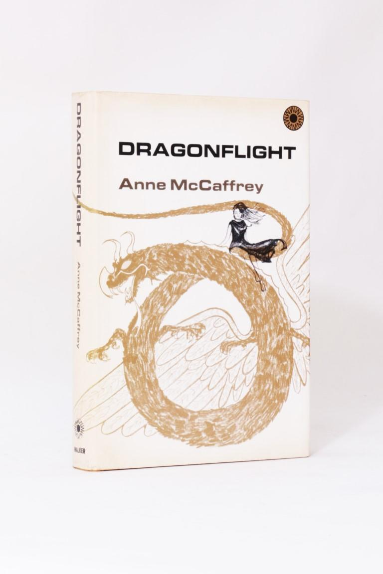Anne McCaffrey - Dragonflight - Walker Books, 1968, First Edition.