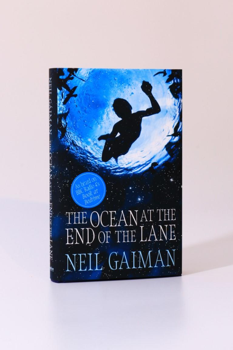 Neil Gaiman - The Ocean at the End of the Lane - Headline, 2013, Signed First Edition.