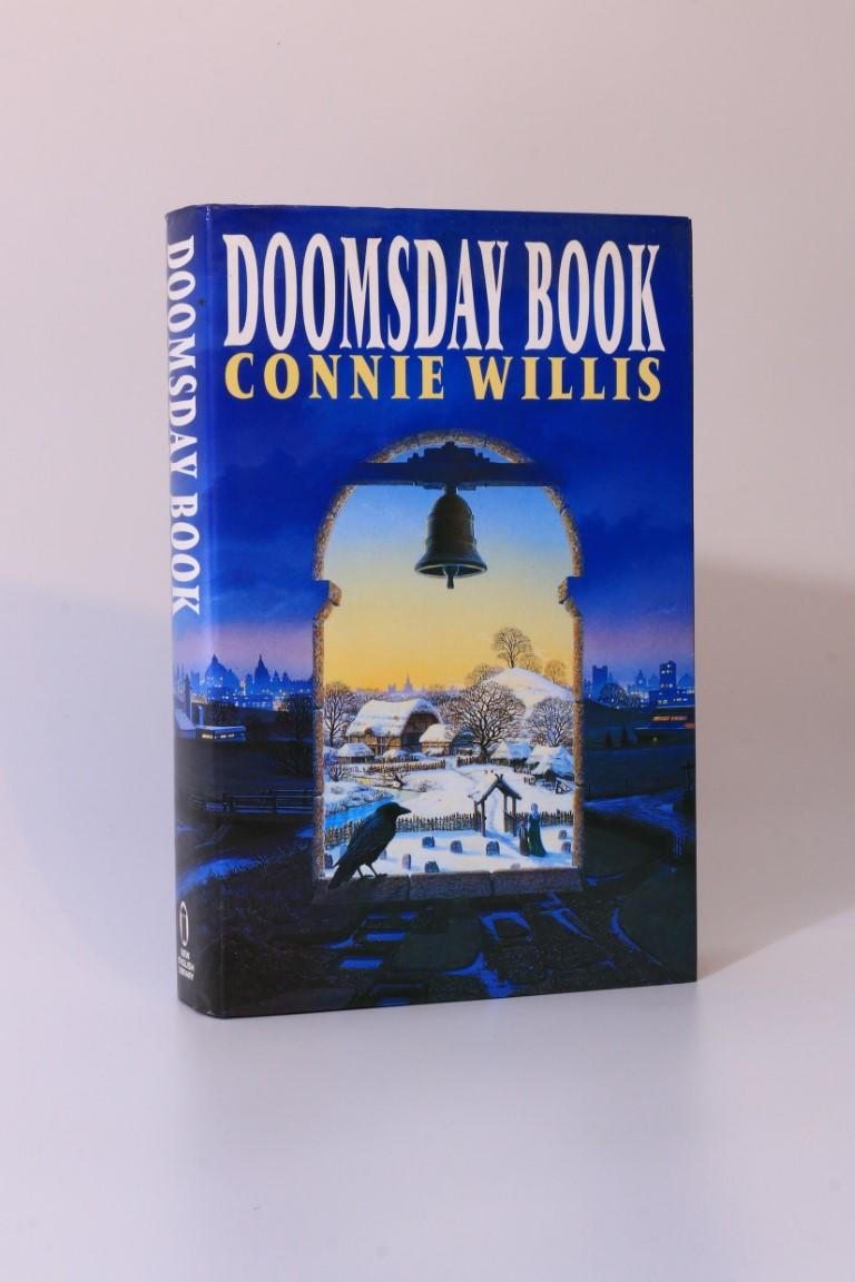 Connie Willis - Doomsday Book - New English Library (NEL), 1992, First Edition.