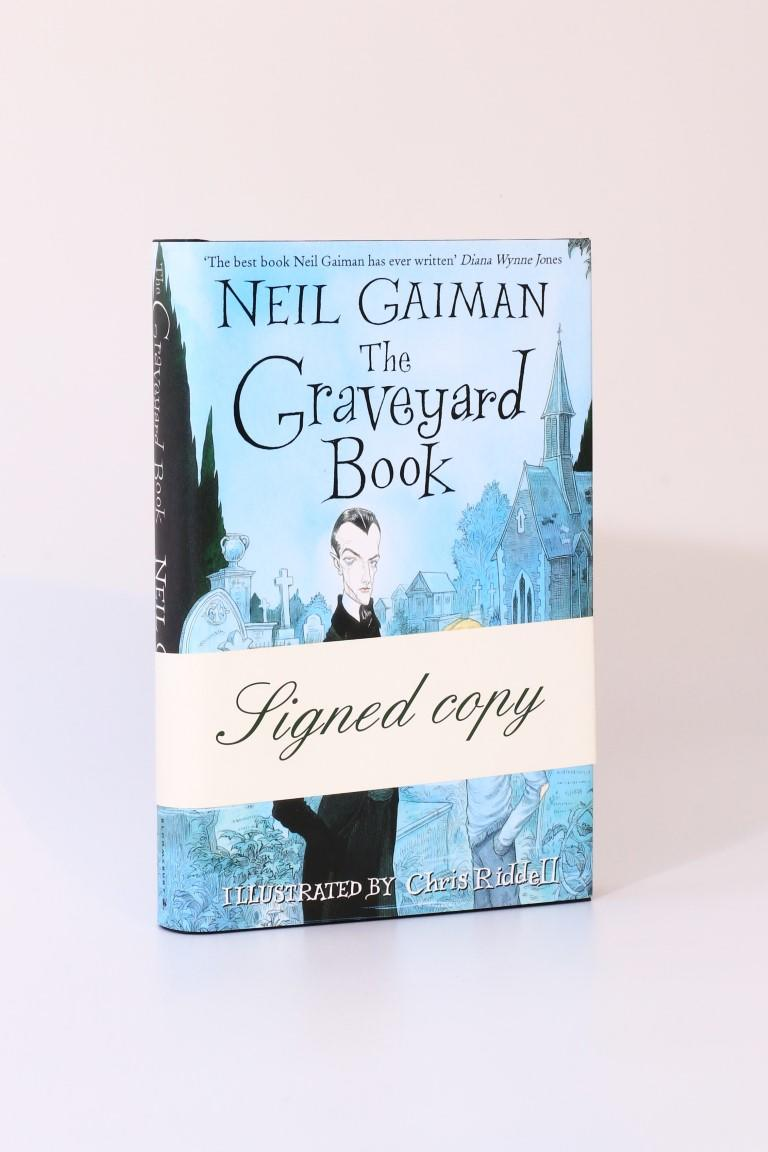 Neil Gaiman - The Graveyard Book - Bloomsbury, 2008, Signed First Edition.