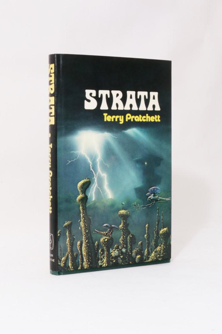 Terry Pratchett - Strata - Colin Smythe, 1981, First Edition.
