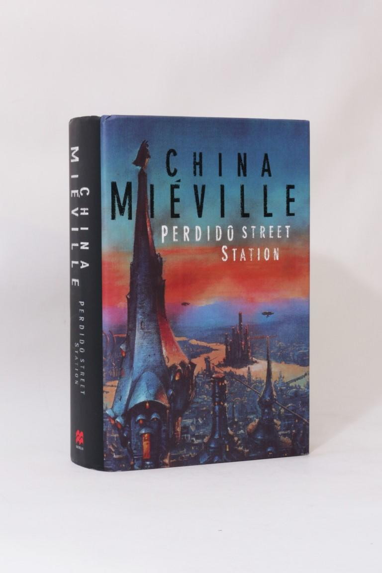 China Mieville - Perdido Street Station - Macmillan, 2000, First Edition.