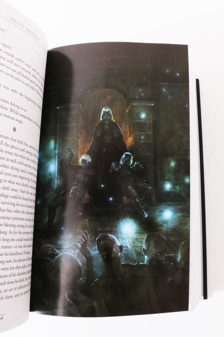Steven Erikson - Toll the Hounds - Subterranean Press, 2018, Signed Limited Edition.