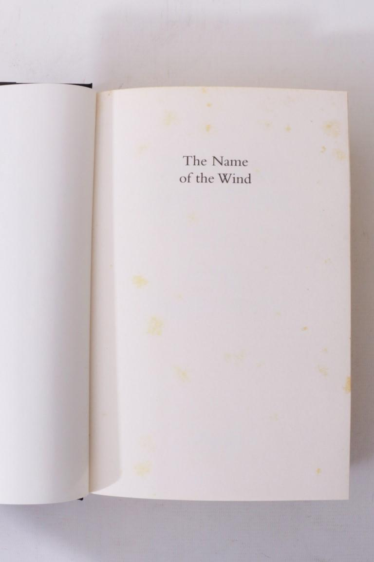 Patrick Rothfuss - The Name of the Wind - Gollancz, 2007, First Edition.