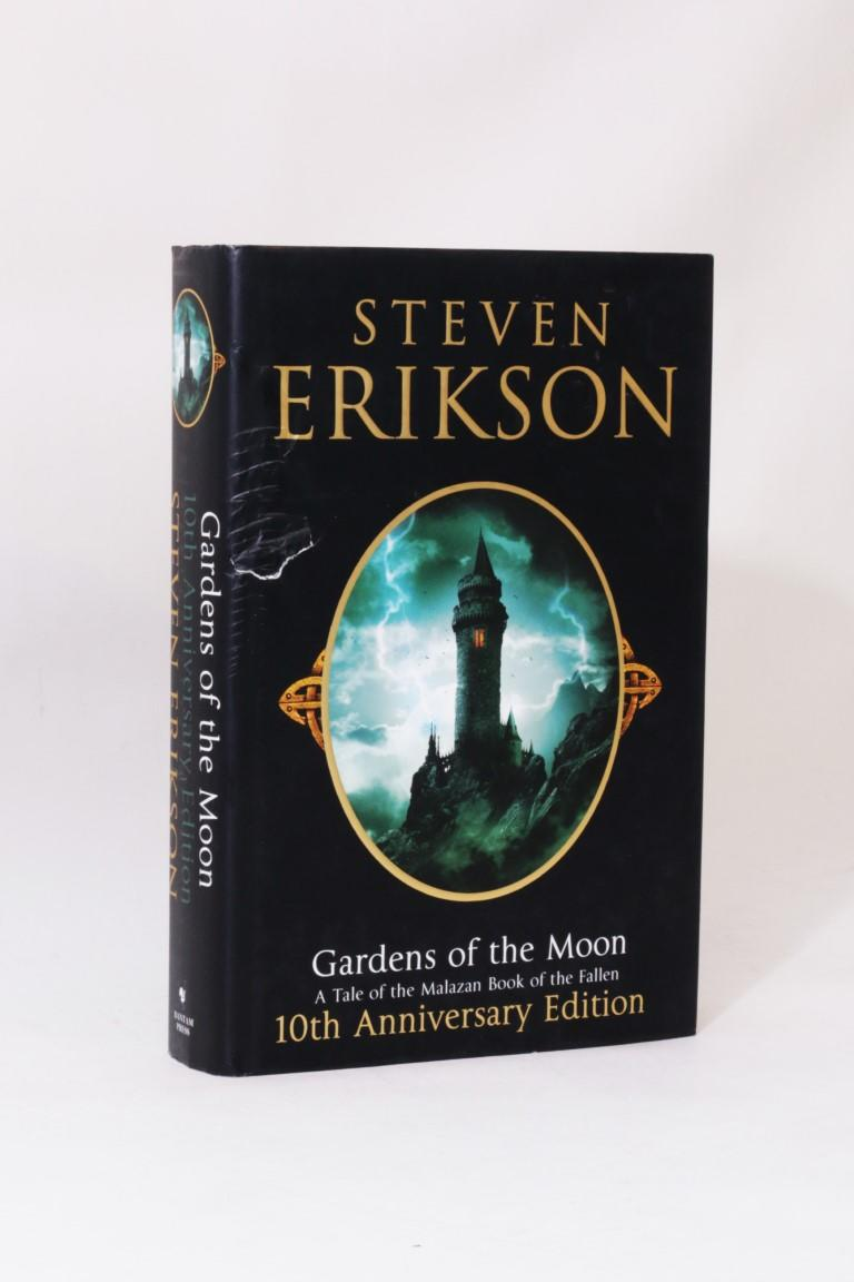 Steven Erikson - Gradens of the Moon - Bantam Press, 2009, First Thus.