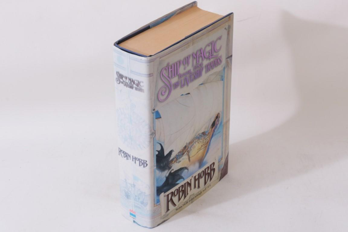 Robin Hobb - Ship of Magic - Voyager, 1998, Signed First Edition.