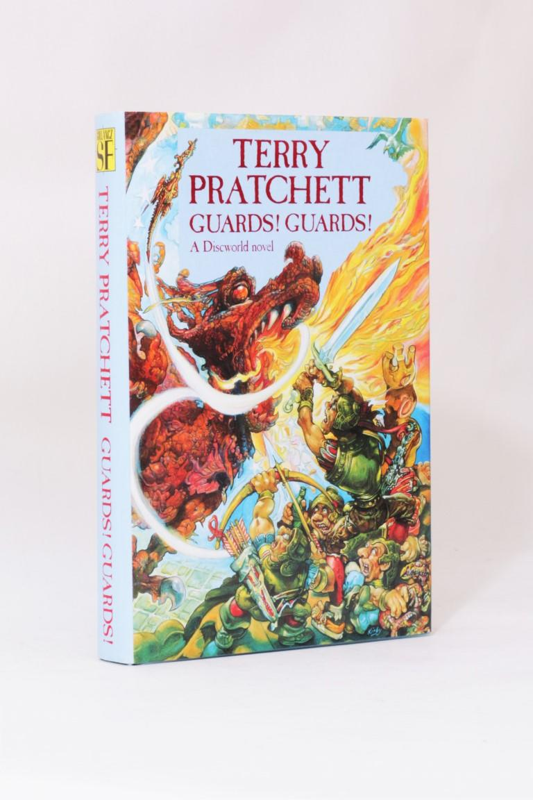 Terry Pratchett - Guards! Guards! - Gollancz, 1989, First Edition.