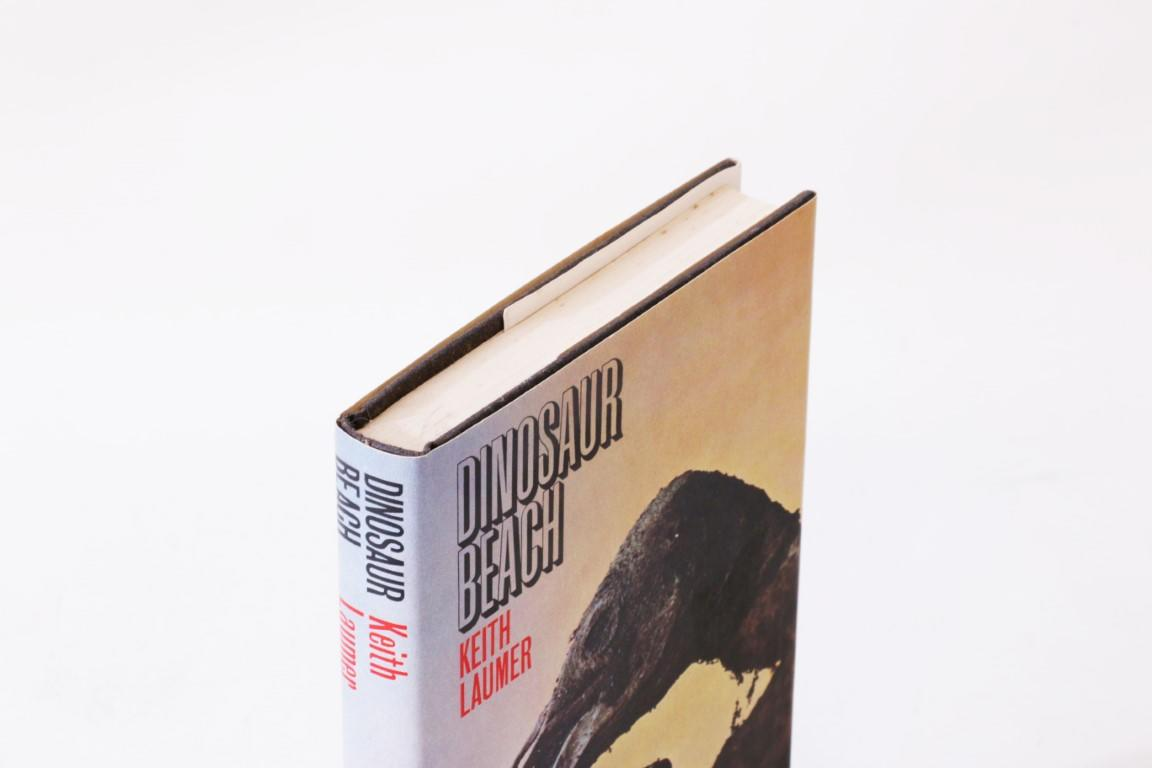 Keith Laumer - Dinosaur Beach - Robert Hale, 1963, First Edition.