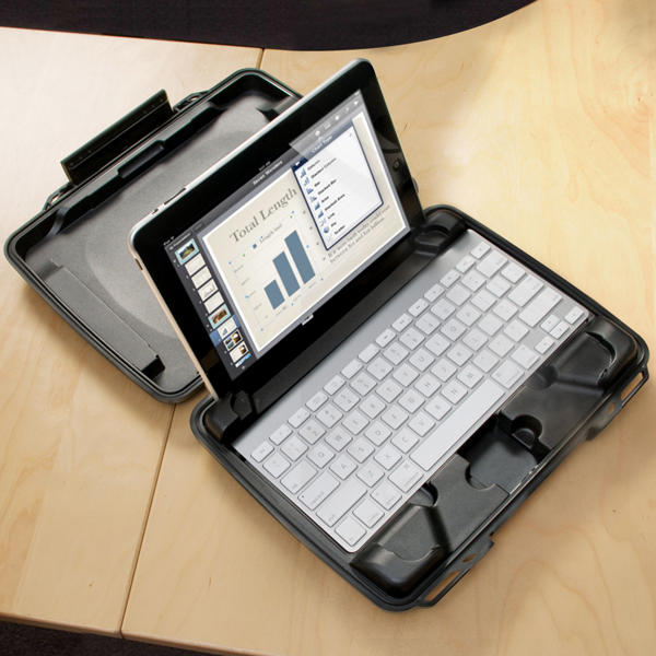 Peli i1075 Hardback Case with iPad Insert