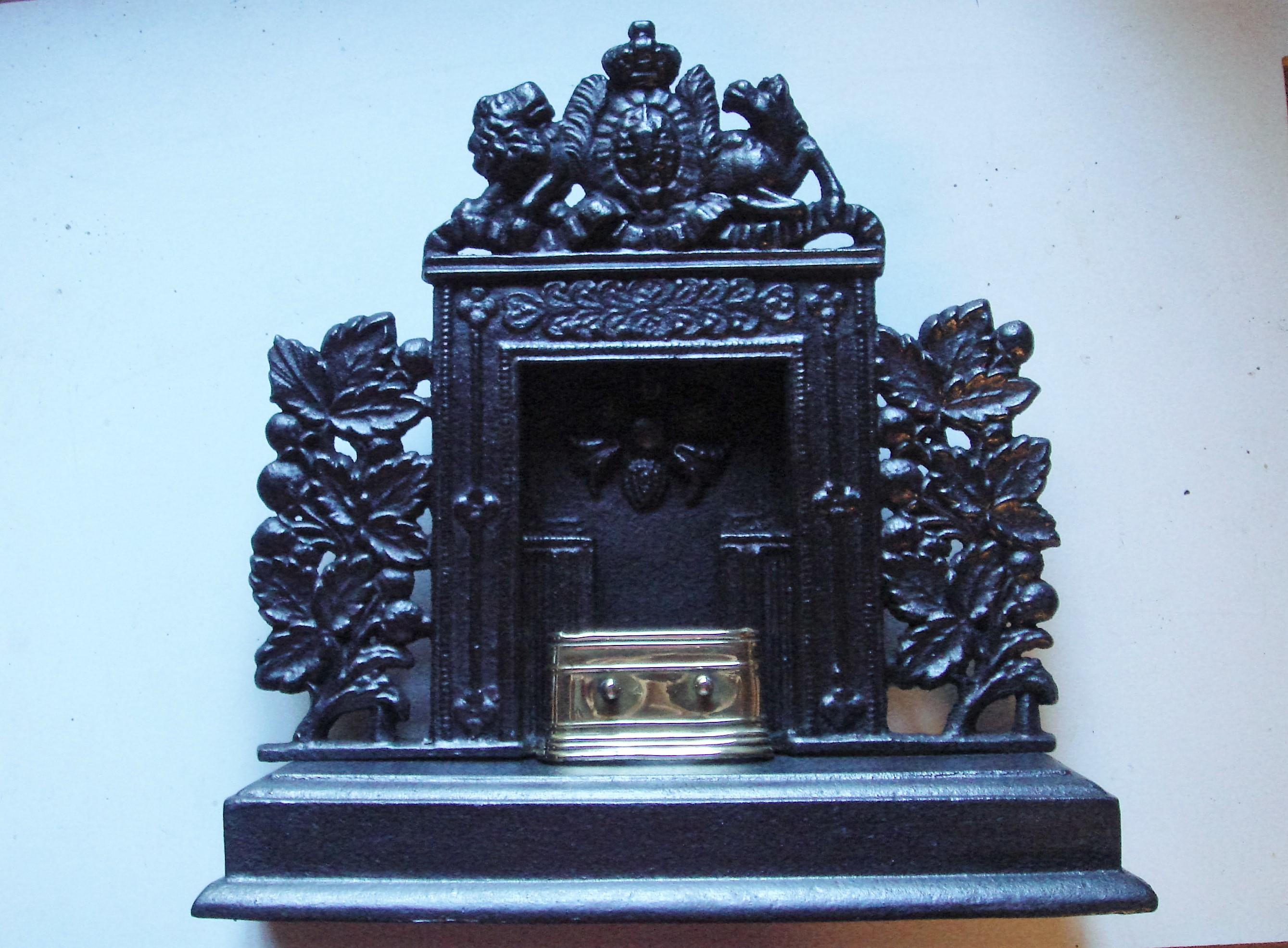 Early 19th Century Miniature Cast Iron Fireplace with Brass Hearth Tidy