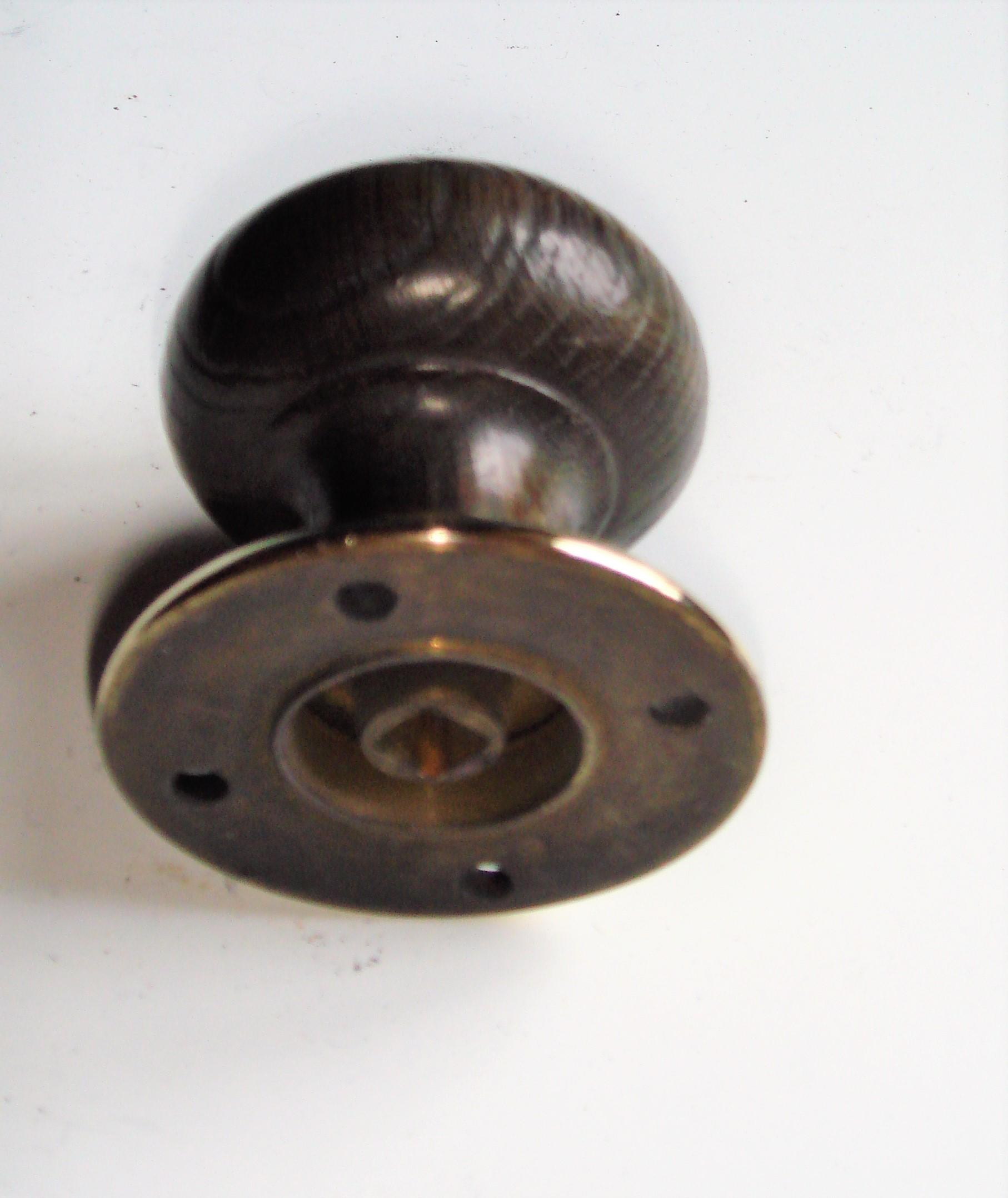 Single Oak & Brass Vintage Door Knob