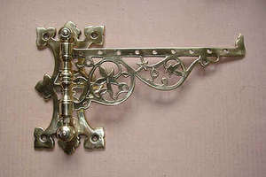 Original reclaimed good quality Victorian polished brass meat jack bracket
