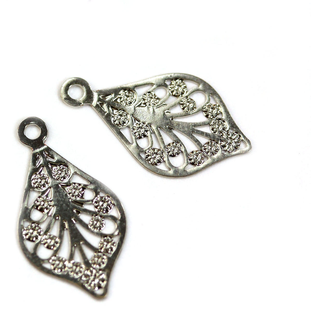 Silver Filigree Exotic Leaf Charm