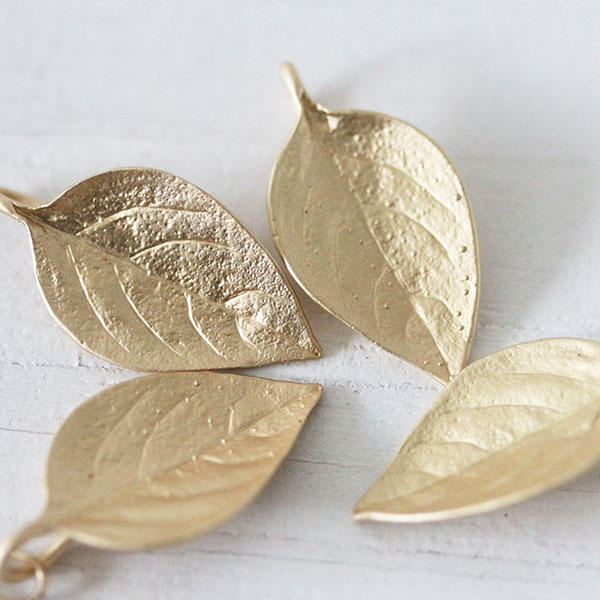 Soft Gold Large Leaves