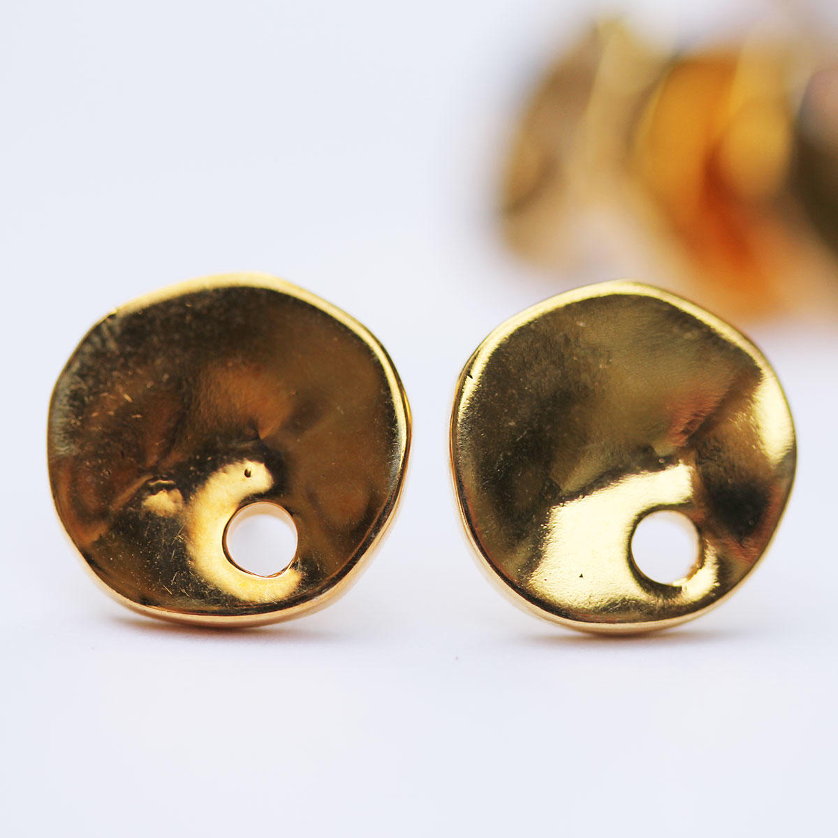Gold Coin Spanish Earring Fitting