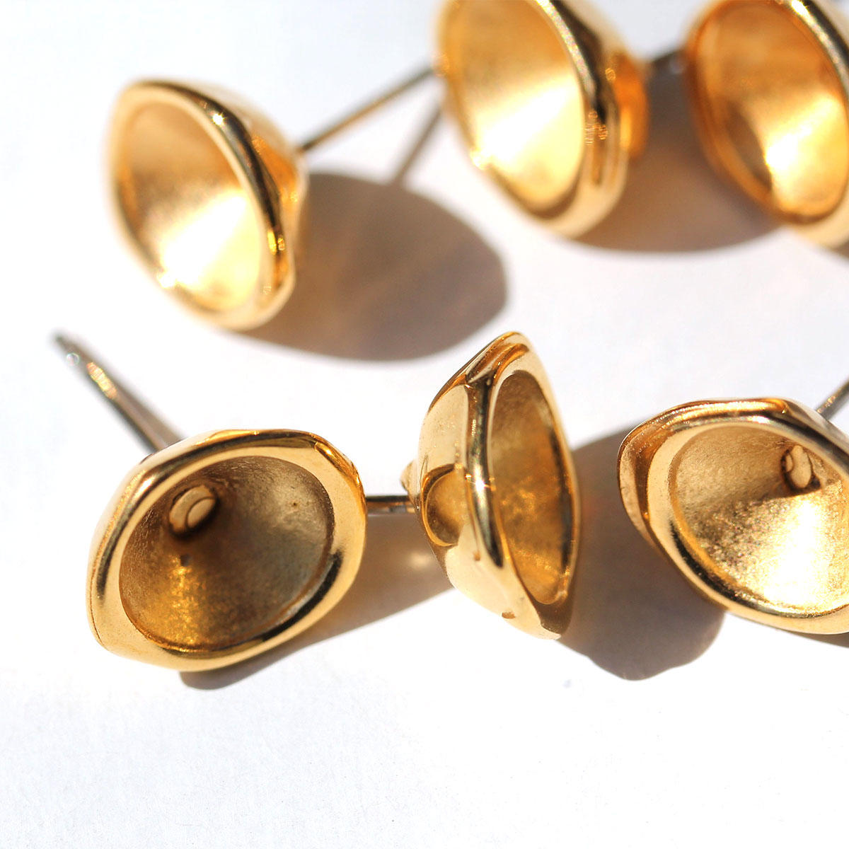 Gold Earring Cup for SS39 Swarovski Crystals