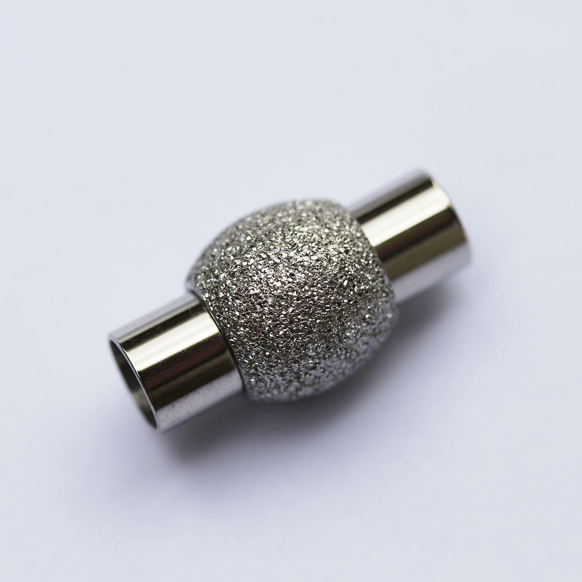 Silver sparkle magnetic clasp