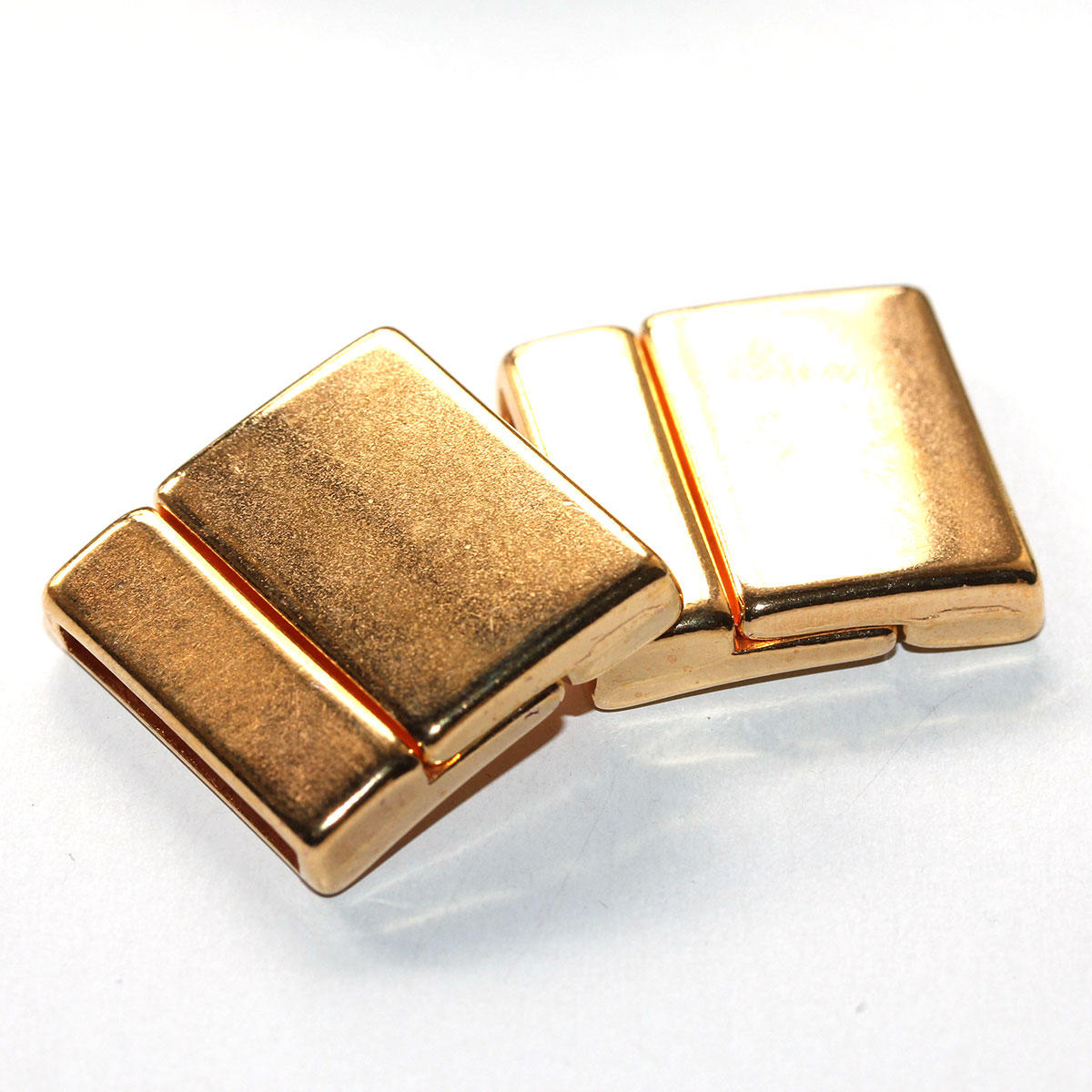 Gold Medium Long Magnetic Clasps