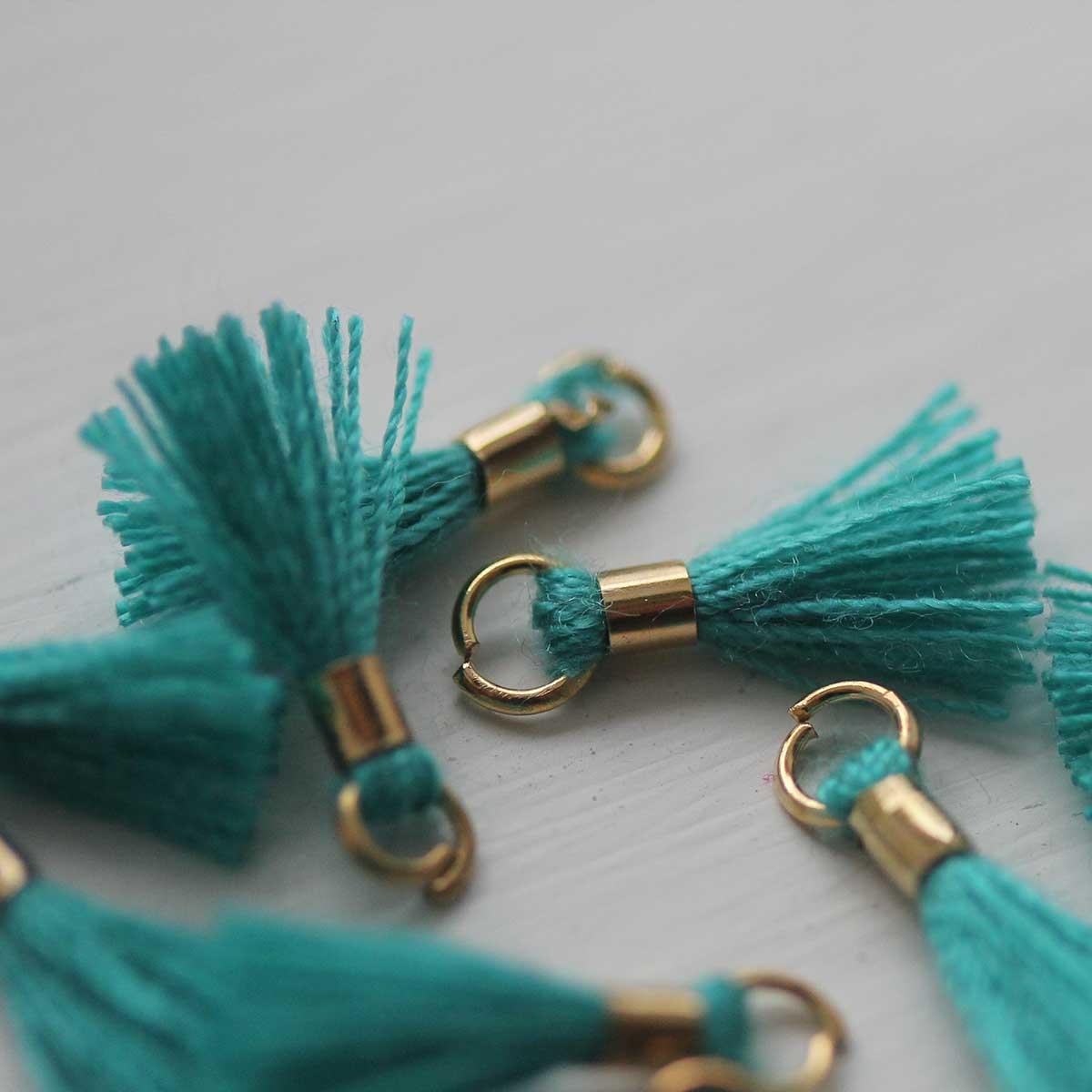 Small Tassel in Turquoise