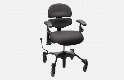 Manually Operated Height Adjustable Mobility Chair