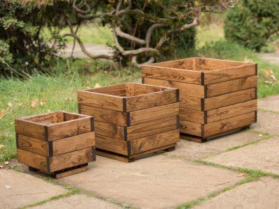 Errol Redwood Planter Nest