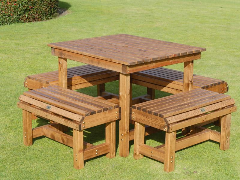 Four Seater Form Bistro Set