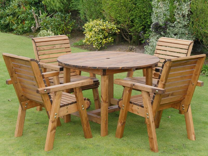 Dales 1.13m Round Four Seater Garden Table Set