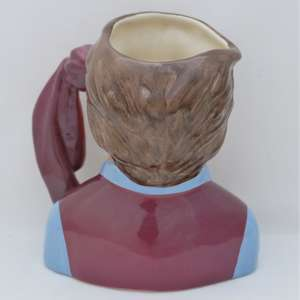 Royal Doulton D6931 Aston Villa Football Supporter Character Jug - back