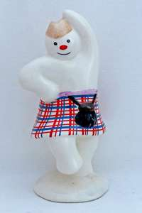 Royal Doulton DS7 Highland Snowman