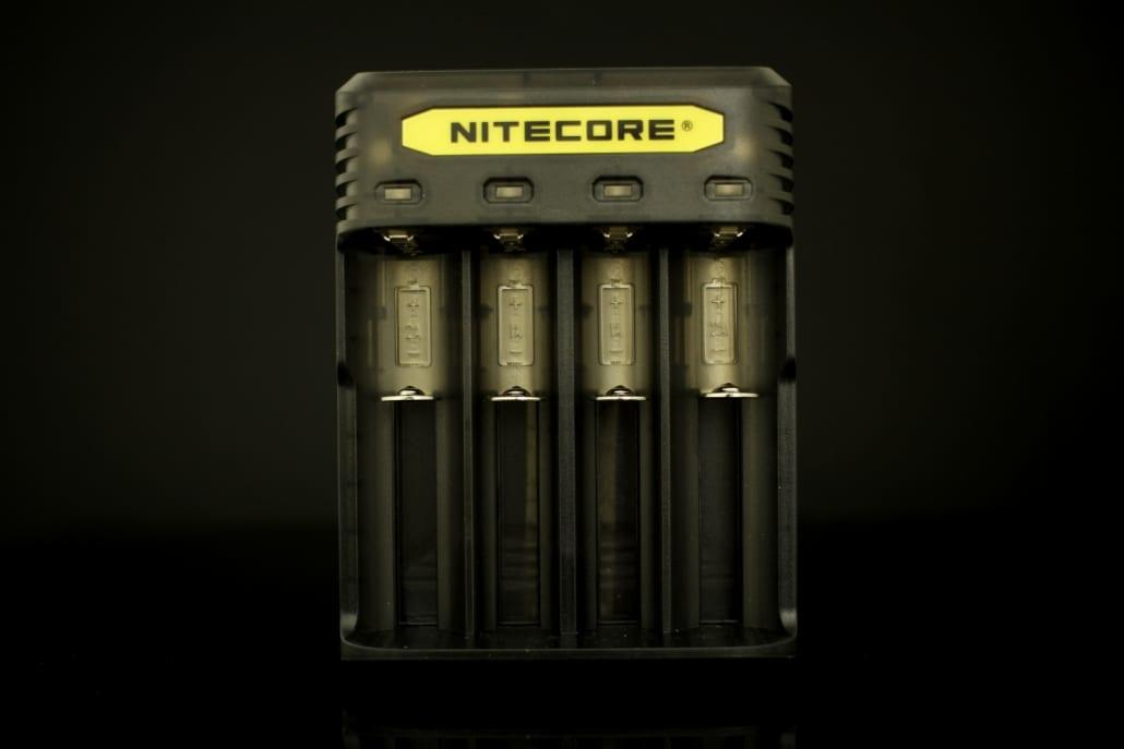 Nitecore Q4 Battery Charger 1