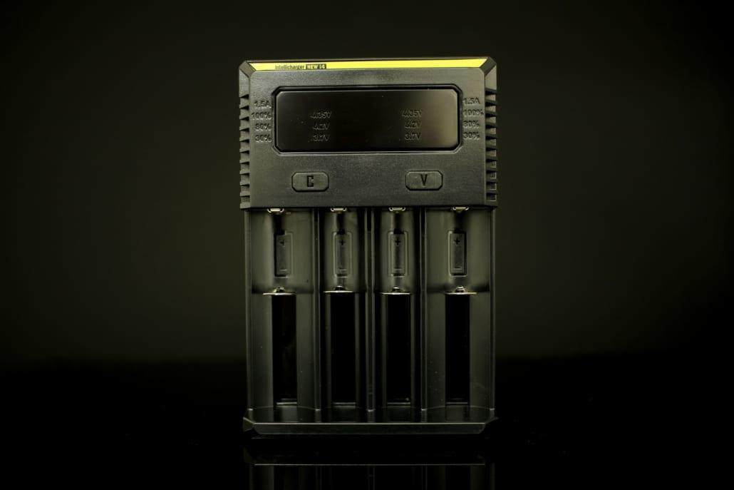 Nitecore i4 Battery Charger 1