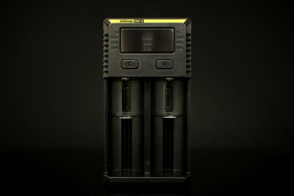 Nitecore i2 - Lithium Ion/Ni-MH/Ni-Cd Battery Charger