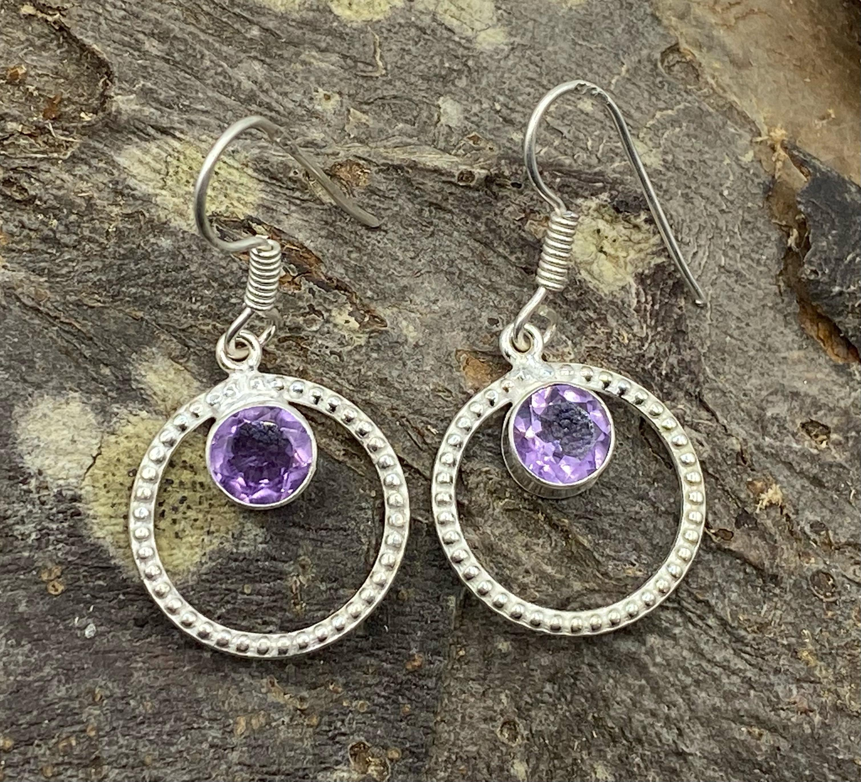 Silver Circular Earrings with Faceted Amethyst Cabochon